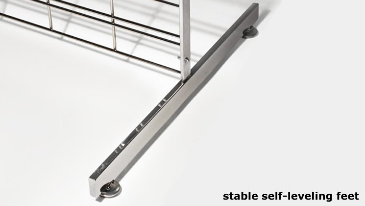 Stable Self-Leveling Feet