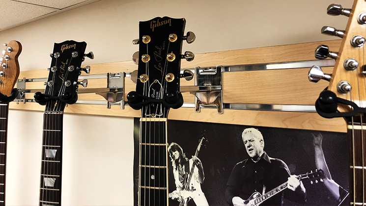 hang guitars at any angle